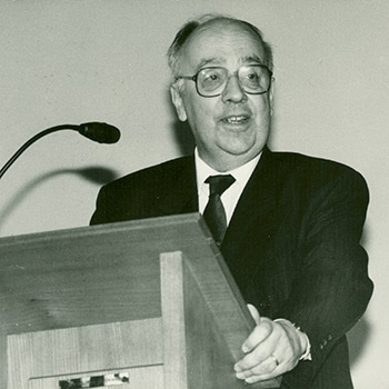 Prof. Dr. Ernst-Heinz Amberg