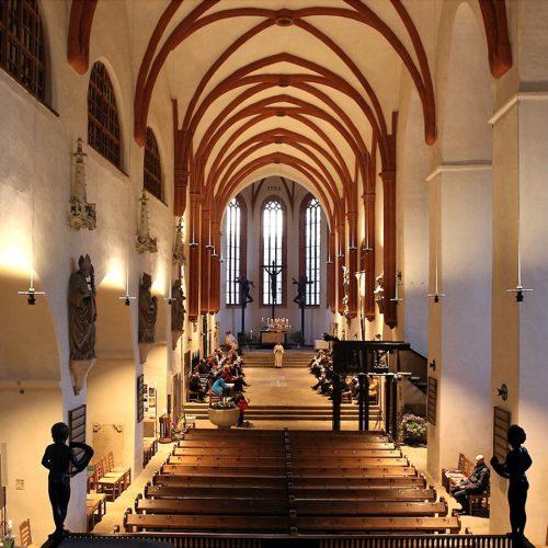 Neue Beleuchtung im Dom Foto: R. Peldszus